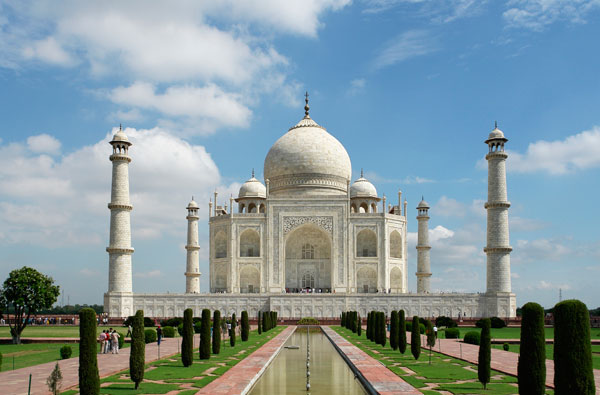 Taj Mahal – An Elegance Of Love